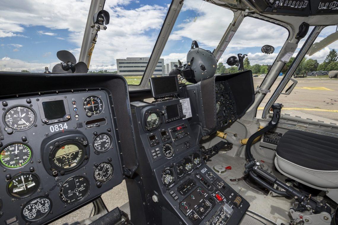 Innenausstattung des tschechischen Helikopters.