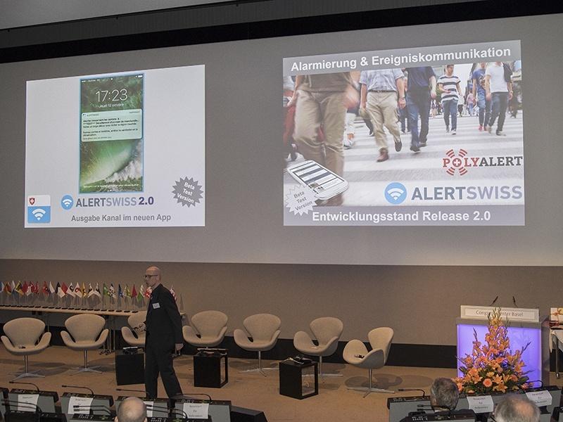 Bild zeigt Präsentation von Alertswiss.