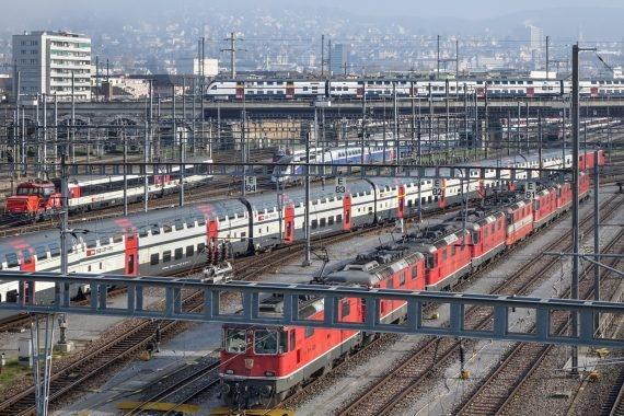 Eine Gleisanalge vor dem Hauptbahnhof Zürich.