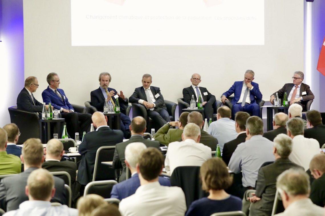 """Podiumsgespräch zum Thema """"Klimawandel und Bevölkerungsschutz"""""""