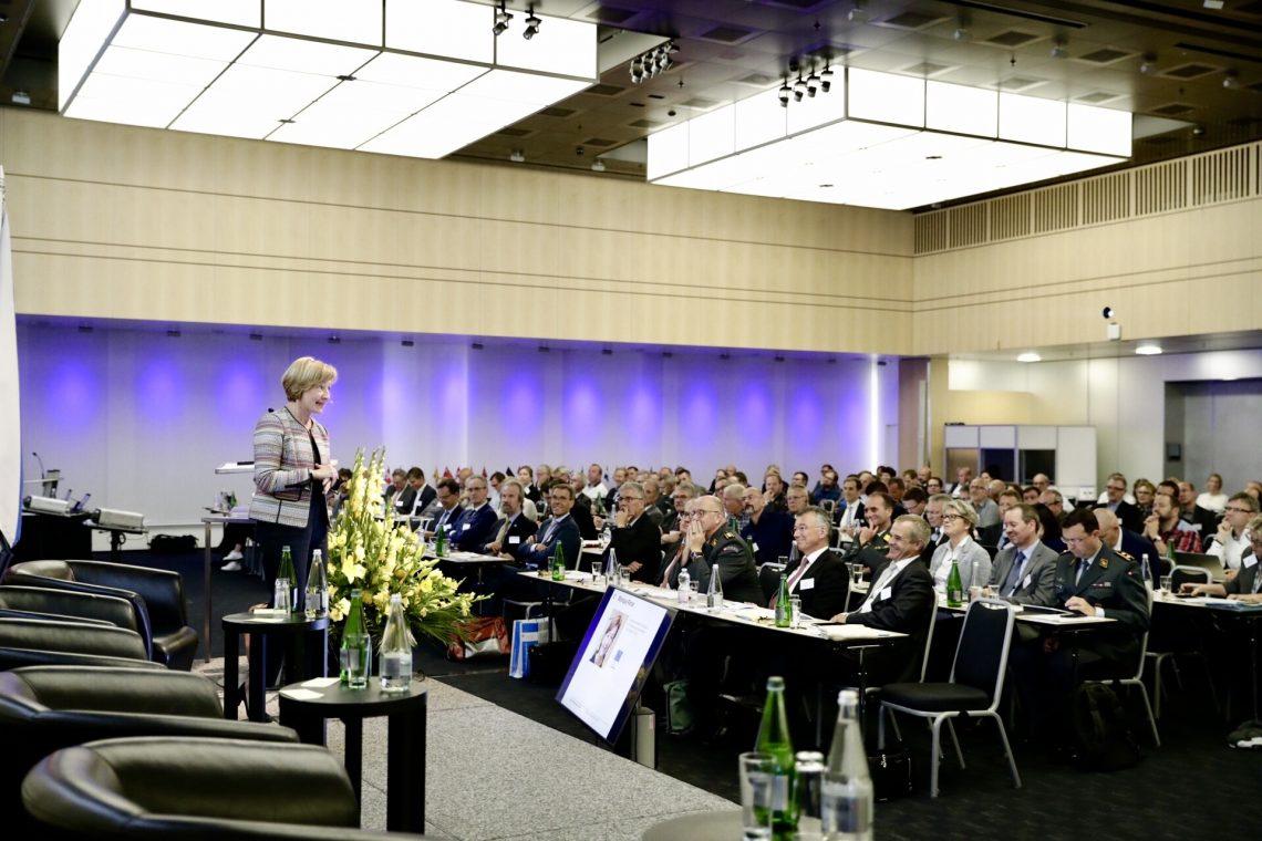 Monique Pariat, directeur général de la protection civile et des opérations d'aide humanitaire européennes (ECHO)