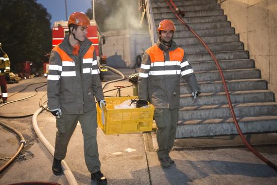 Kisten zum Abtransport von Kulturgütern gehören zum Einsatzmaterial der KGS Kp 50.