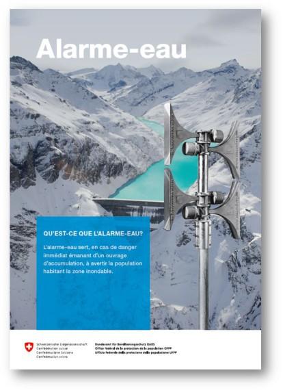 La page de titre du flyer concernant l'alarme eau montre un barrage avec son lac d'accumulation. Une sirène d'alarme se dresse au premier plan.